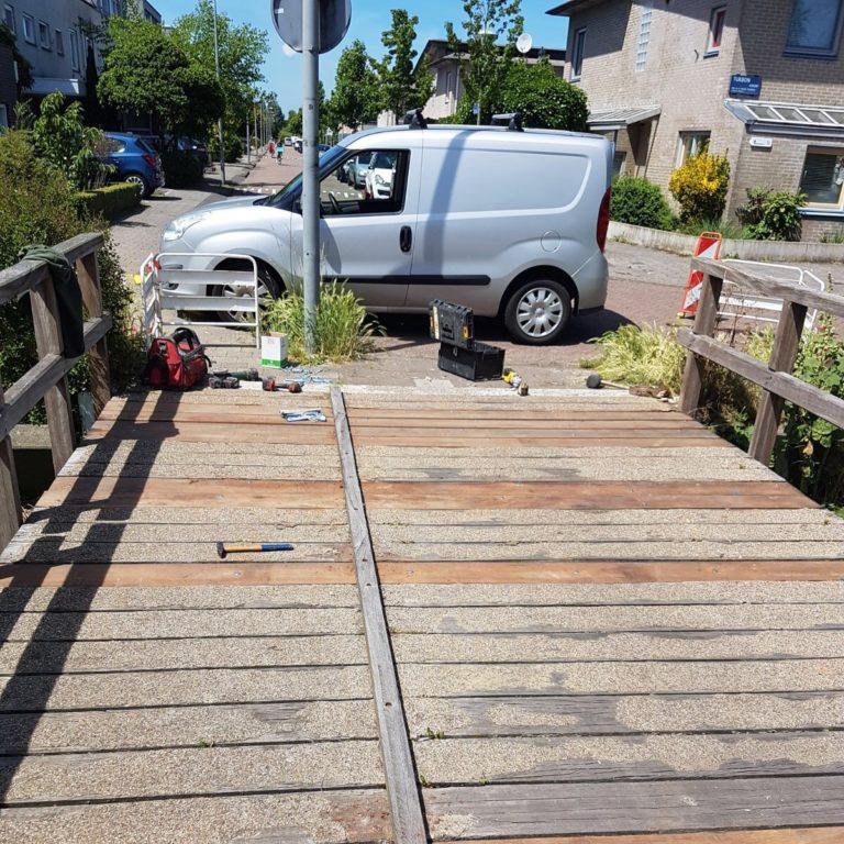 Reparatie voetgangersbrug